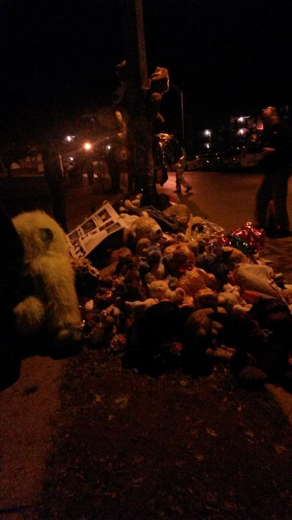 Mike Brown's memorial outside Canfield Green, October 2014.